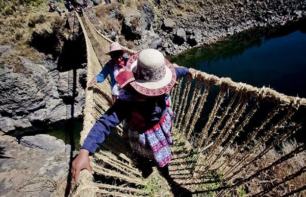 Веревочный мост в Перу