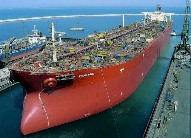 Knock Nevis - самый большой танкер, имеющий несколько названий