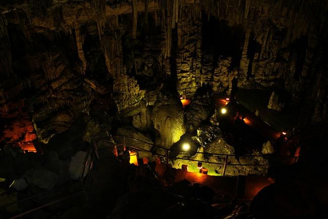 огни в пещере
