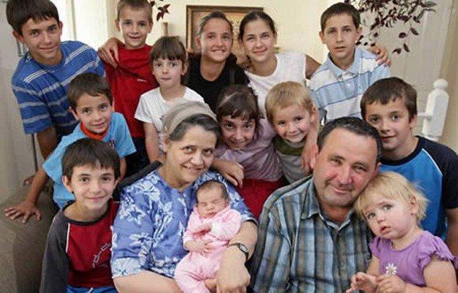 Многодетная мама Леонтина Альбина