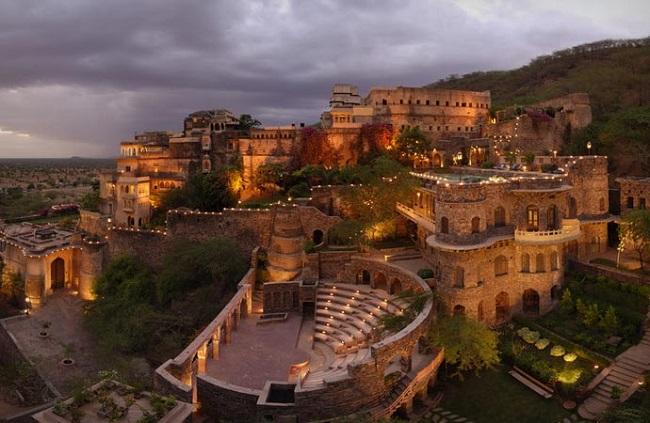 Индийский замок