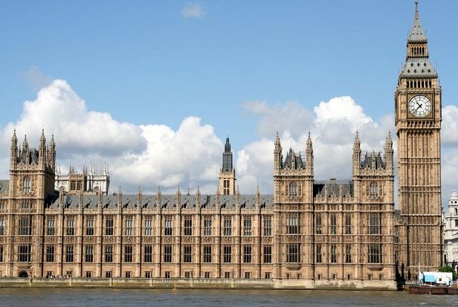 Правительство Великобритании запрещает умирать в здании парламента