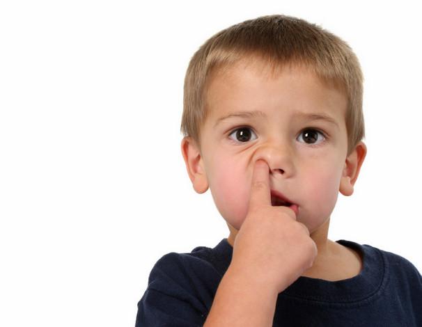 Привычка ковыряться в носу