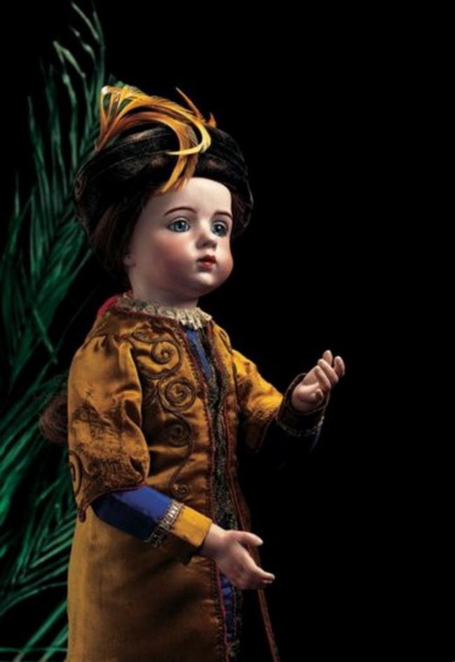 Кукла из фарфора от Альберта Марка