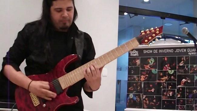 Самый быстрый гитарист в мире Тьяго Делла Вега