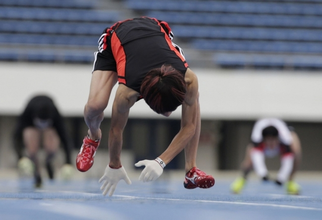Стометровку на четырех конечностях японец Кеничи Ито пробежал за 17,47 секунд