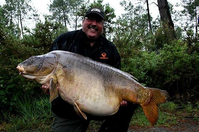 Карп весом в 40,09 кг пойман Грэхемом Слотемом