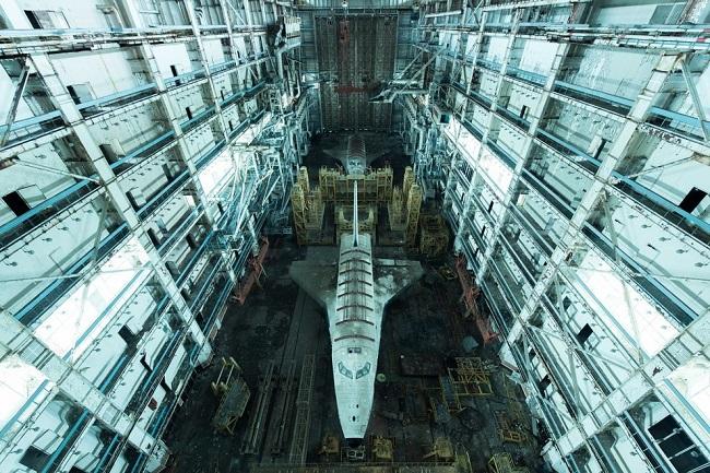 Заброшенный космический корабль Буран