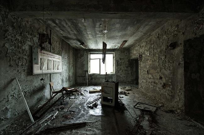 Внутри заброшенного госпиталя