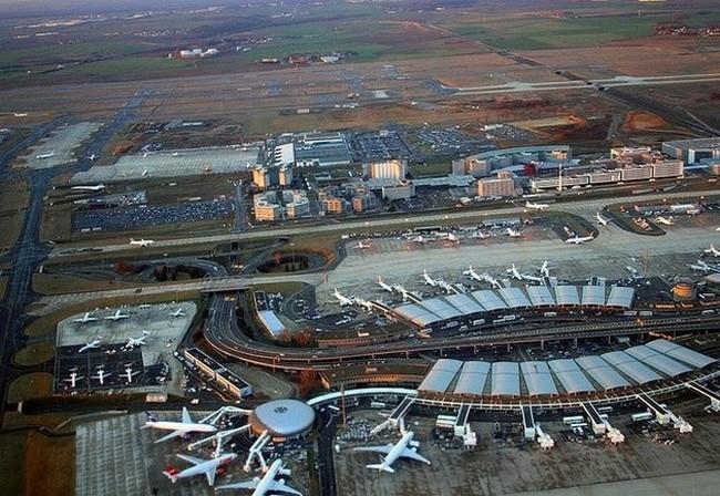 Международный аэропорт Шарля-де-Голя