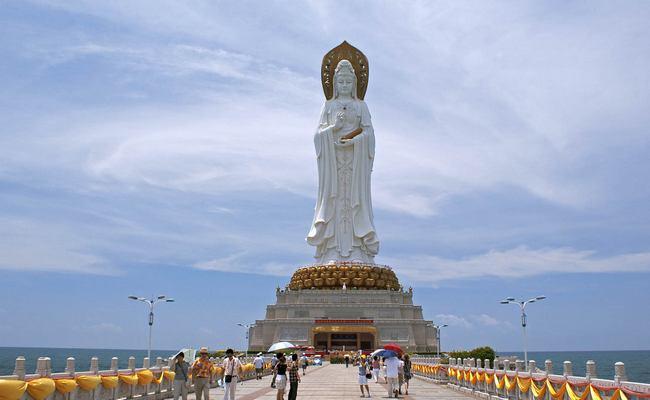 Статуя Богиня Гуаньинь