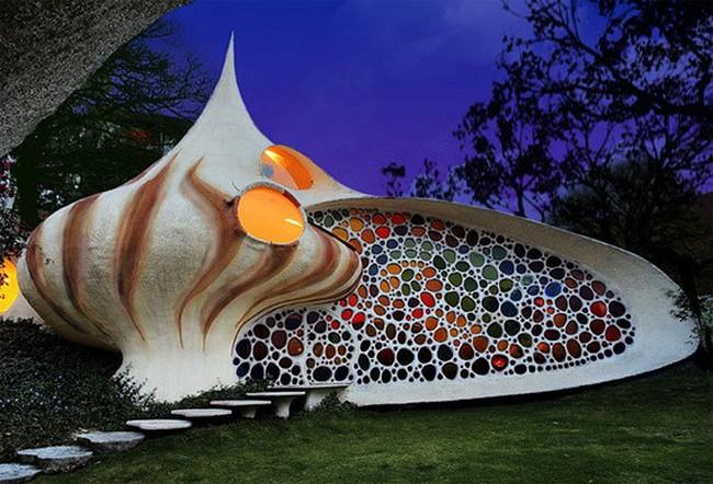 Дом-моллюск, Мексика
