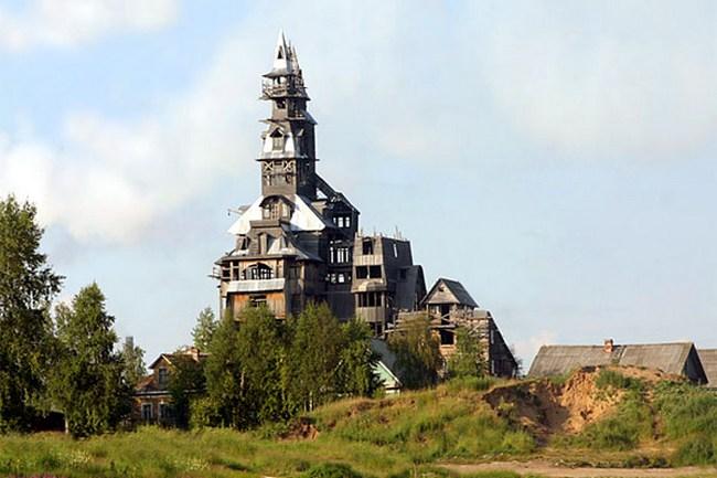 Дом Сутягина, Россия