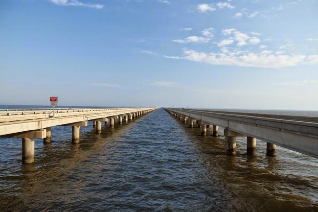 Мост-дамба через Понтчартрейн