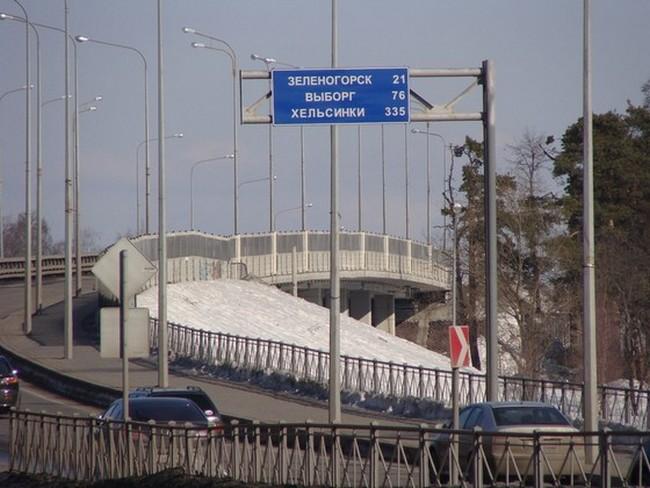 Приморское шоссе в Санкт-Петербурге