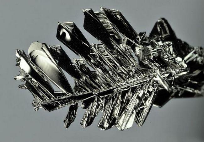 Самый тяжелый металл иридий