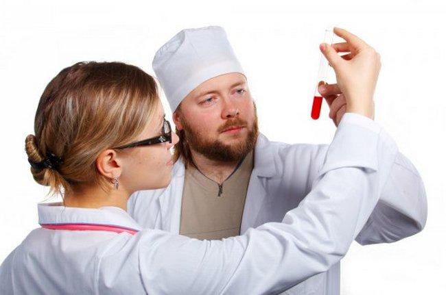Люди с первой группой крови отличаются повышенной стойкостью к различным заболеваниям