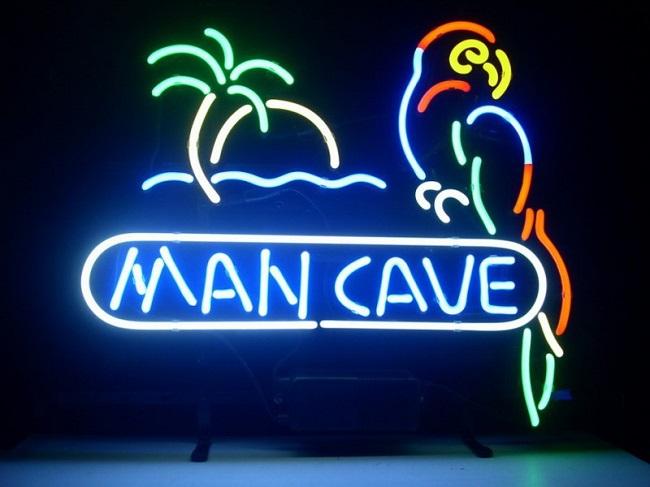 Крутая и яркая вывеска «Личная пещера»