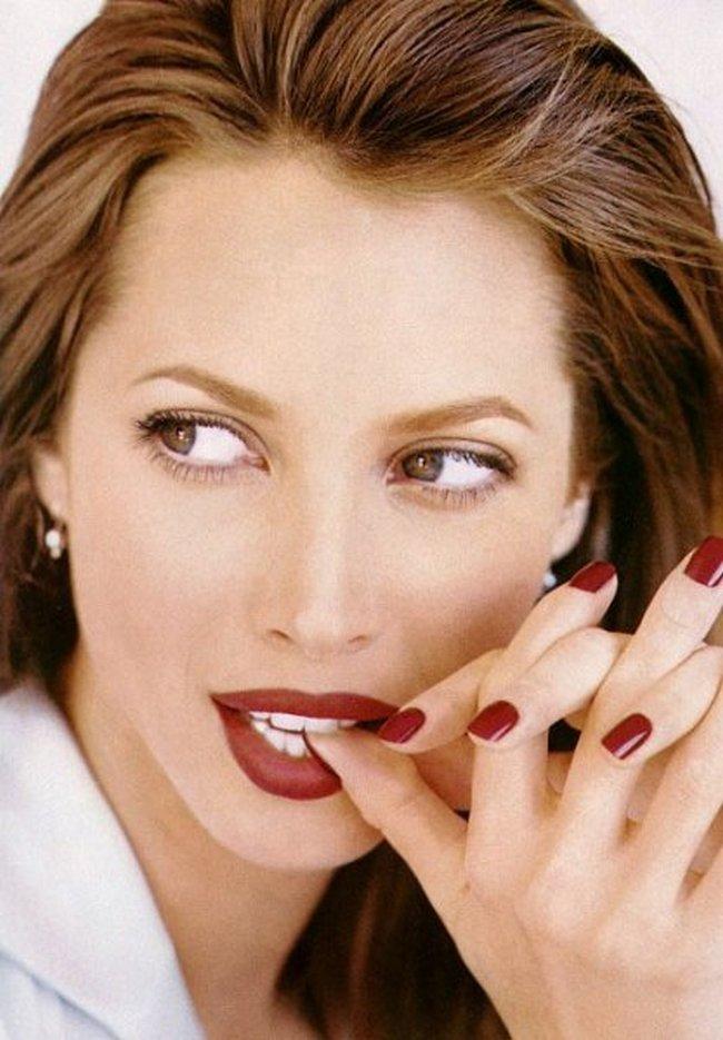 Красивые губы Кристи Тарлингтон