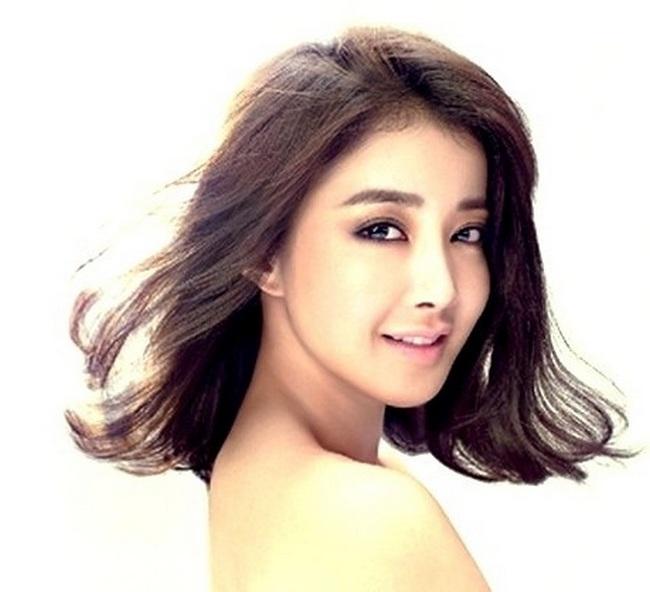 Ли Ши Ён