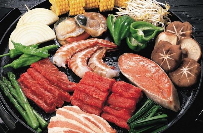 Диетическое питание должно быть правильно сбалансированным - мясные продукты, хлеб, рыба тоже должны быть в рационе