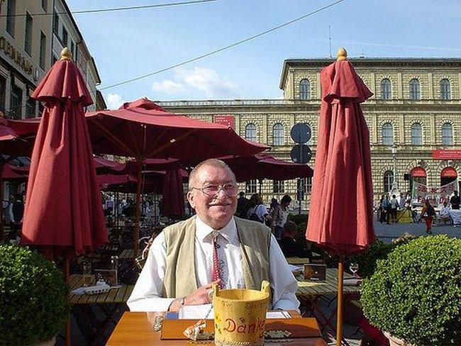 Бернд Оттовордемгентшенфельд обладает самой длинной немецкой фамилией