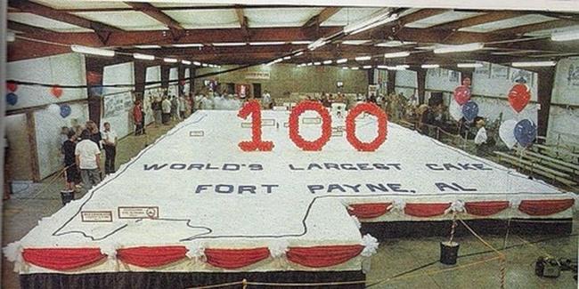 58-тонный торт к 100-летию Форт Пейн