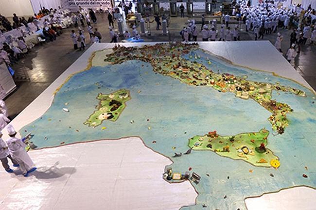 Самый большой торт-скульптура сделан в Италии