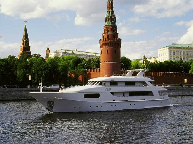 Самая большая яхта в РФ