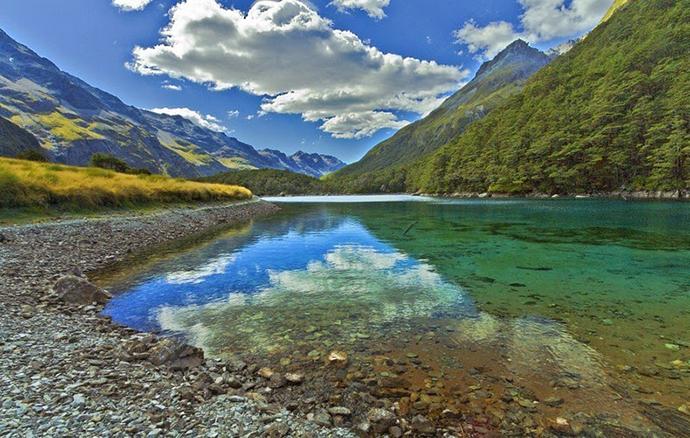 Голубое озеро - самое чистое озеро в мире