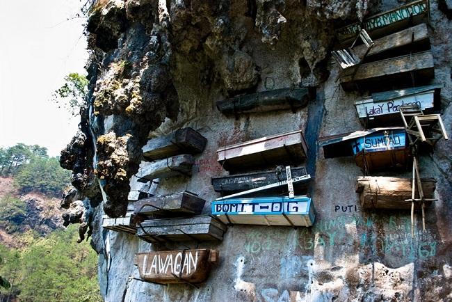 Висячие гробы Сагады, Филиппины