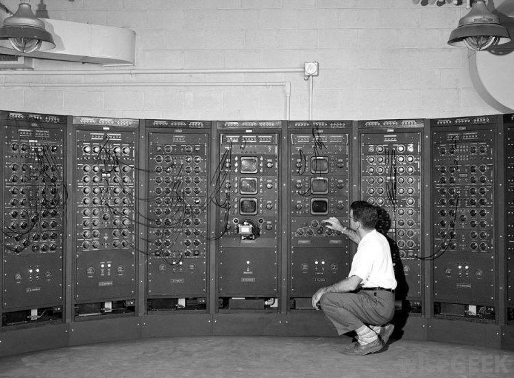 Компьютер 1946 года