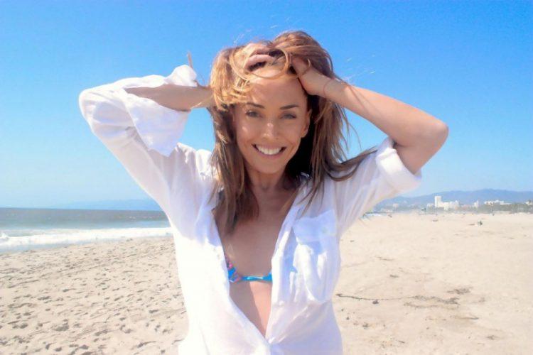 Клип «А на море белый песок»