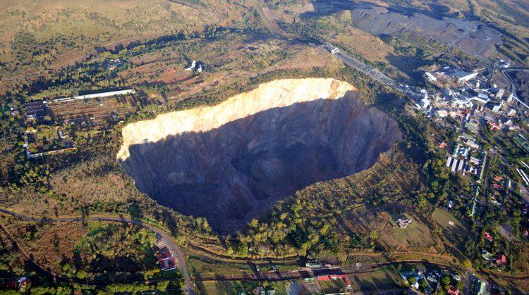 Алмазный Рудник Куллинан В Южной Африке