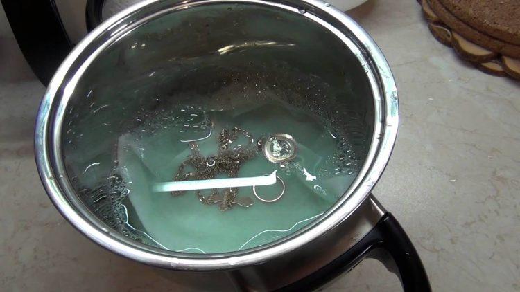 чистим серебро