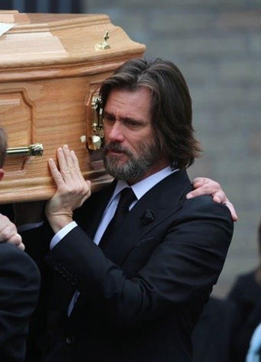 Керри на похоронах