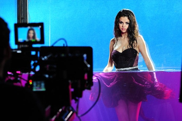 Фотосессия для рекламной кампании аромата «Selena Gomez»
