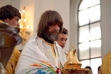 Сейчас большую часть жизни он посвящает духовной деятельности
