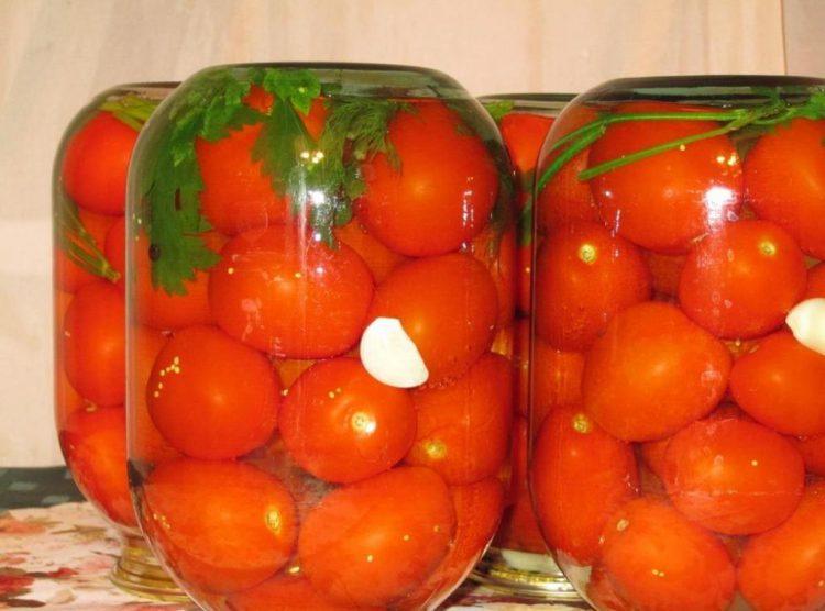 Как укладывать помидоры в банку