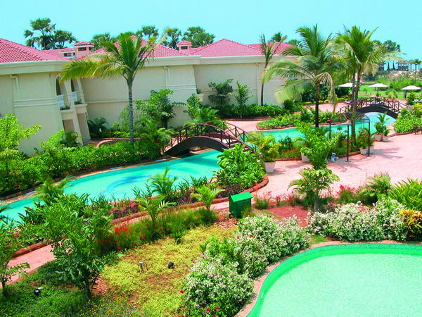 Отель Zuri Varca Goa White Sands Resort & Casino 5*