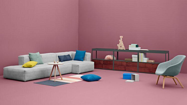 Пыль в мягкой мебели вызывает аллергию