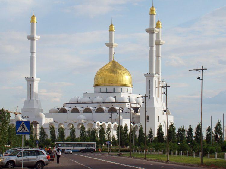 Мечеть в Астане