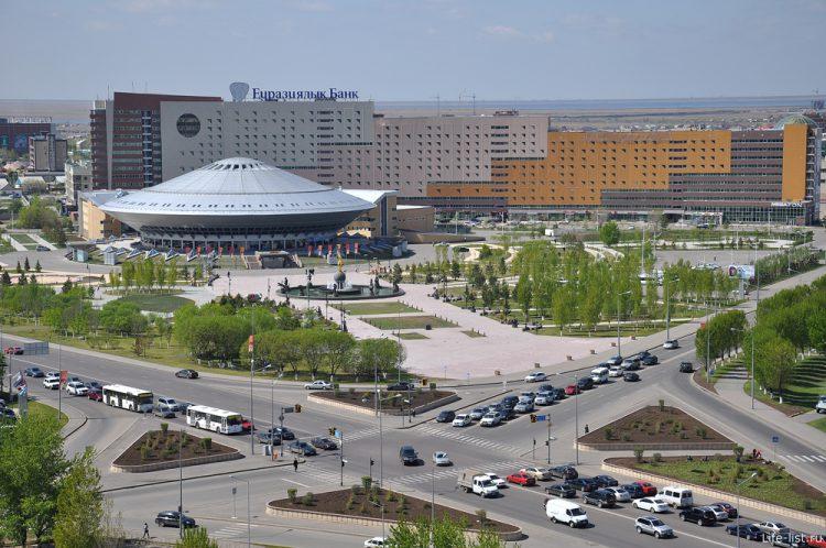 Цирк в городе Казахстана Астане