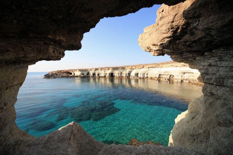Кипр в апреле и в марте