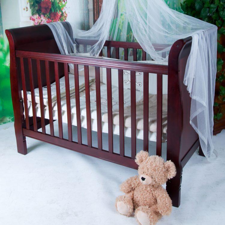 Выбираем место для детской кроватки