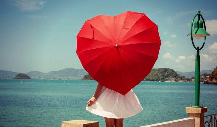 Зонтик необычной формы