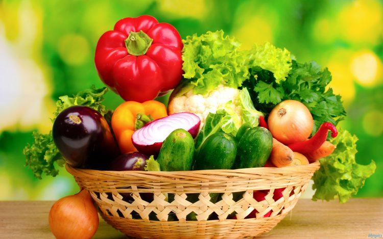Лютеин содержится во фруктах и в овощах