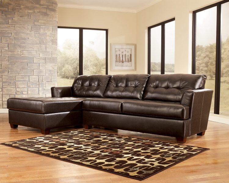 Кожаный диван как выбрать