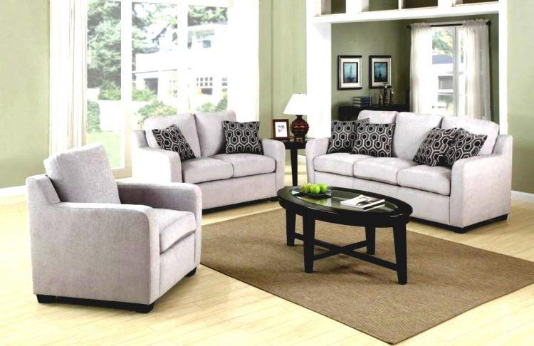 Какую обивку для мягкой мебели выбрать