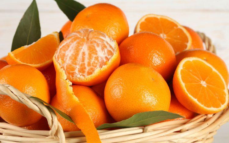 Апельсины, свежие фрукты